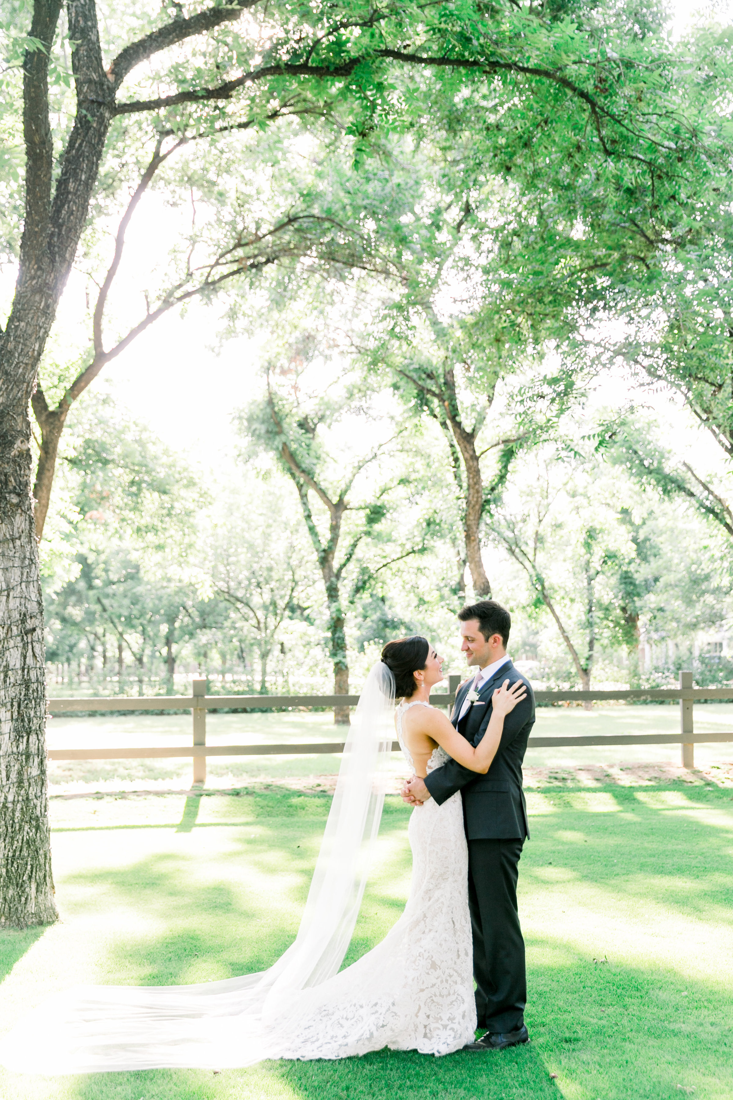 Karlie Colleen Photography - Venue At The Grove - Arizona Wedding - Maggie & Grant -56