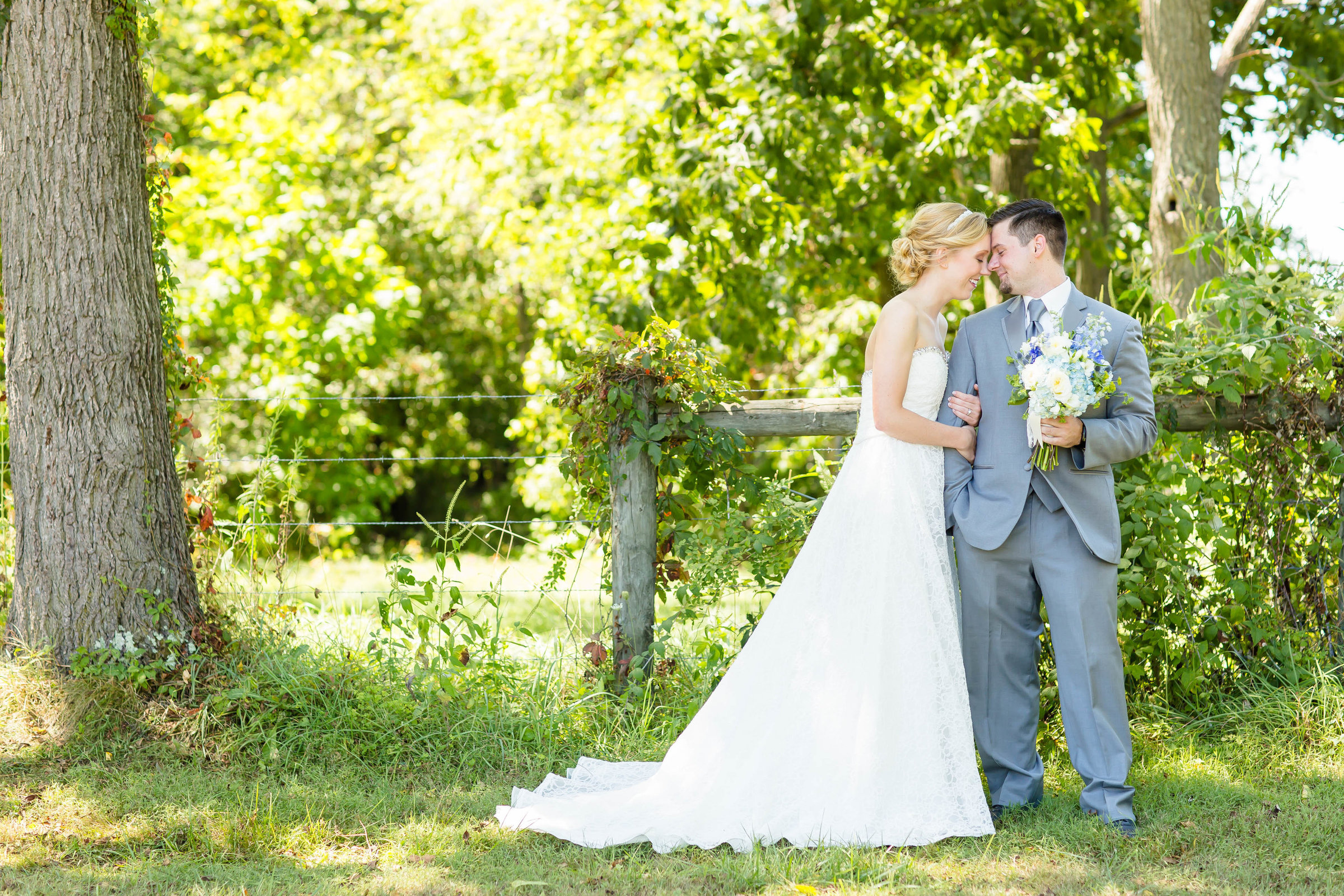 photographer akron ohio, brookside farm wedding, blush and navy wedding