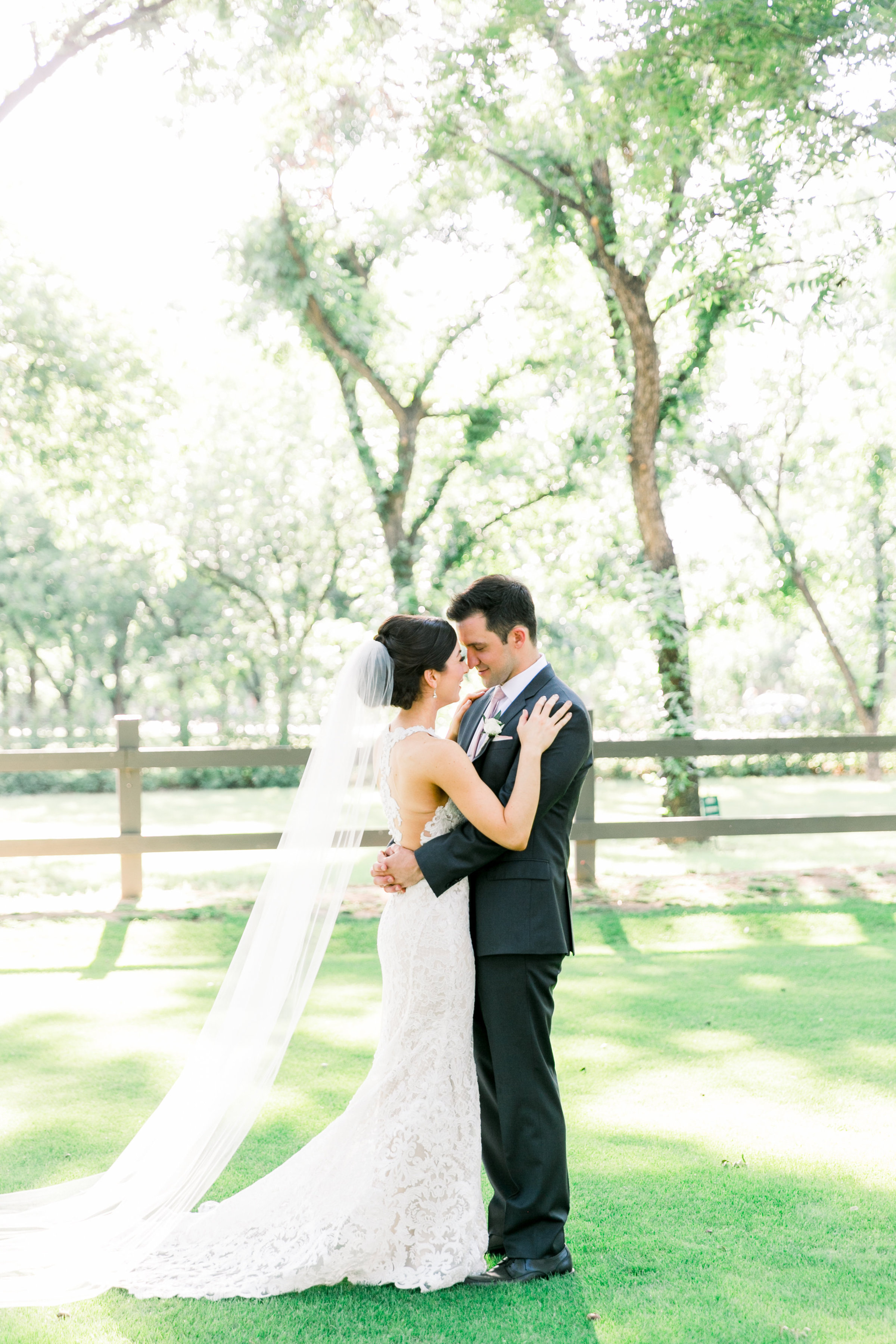 Karlie Colleen Photography - Venue At The Grove - Arizona Wedding - Maggie & Grant -57