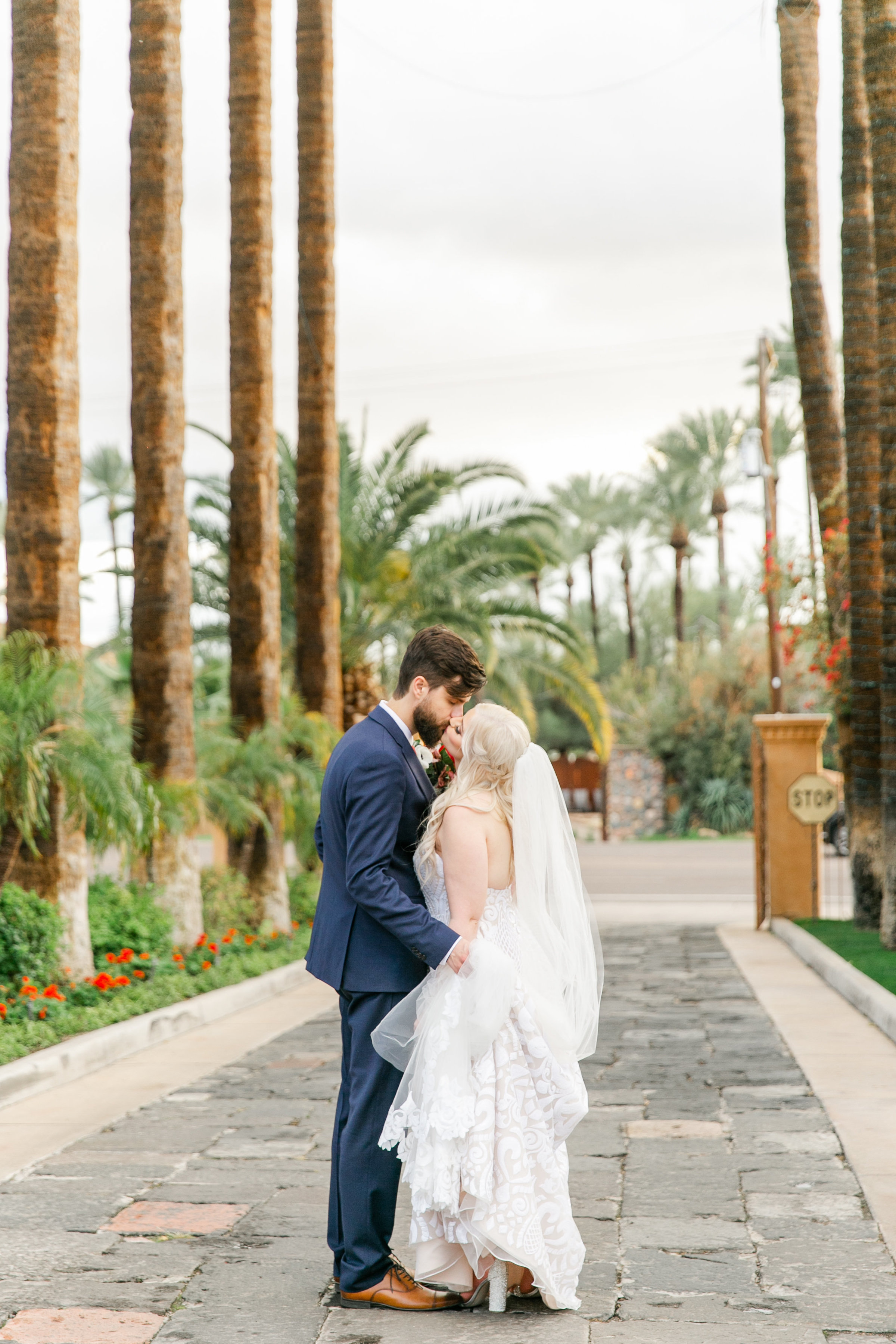 Karlie Colleen Photography - The Royal Palms Wedding - Some Like It Classic - Alex & Sam-577