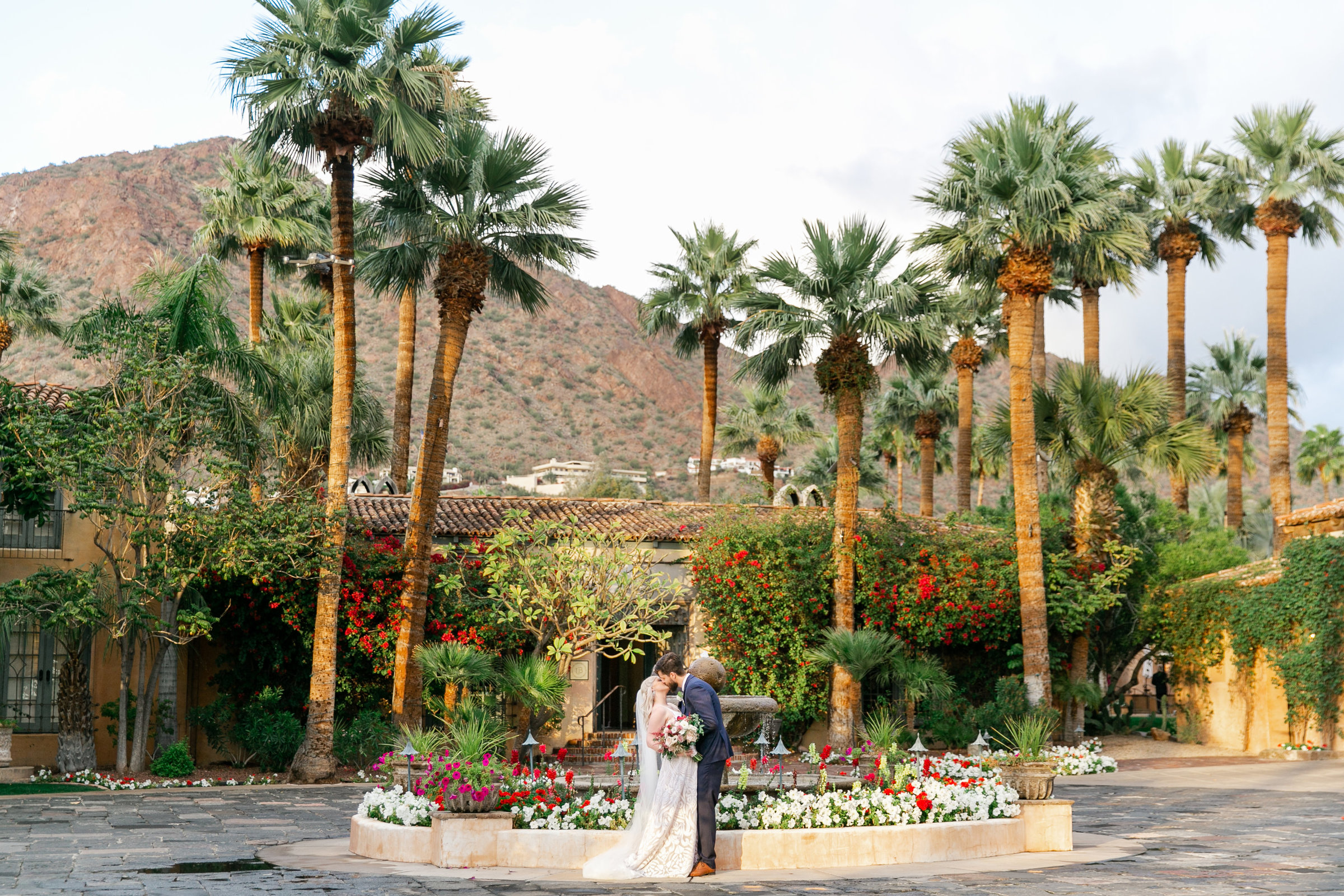 Karlie Colleen Photography - The Royal Palms Wedding - Some Like It Classic - Alex & Sam-586
