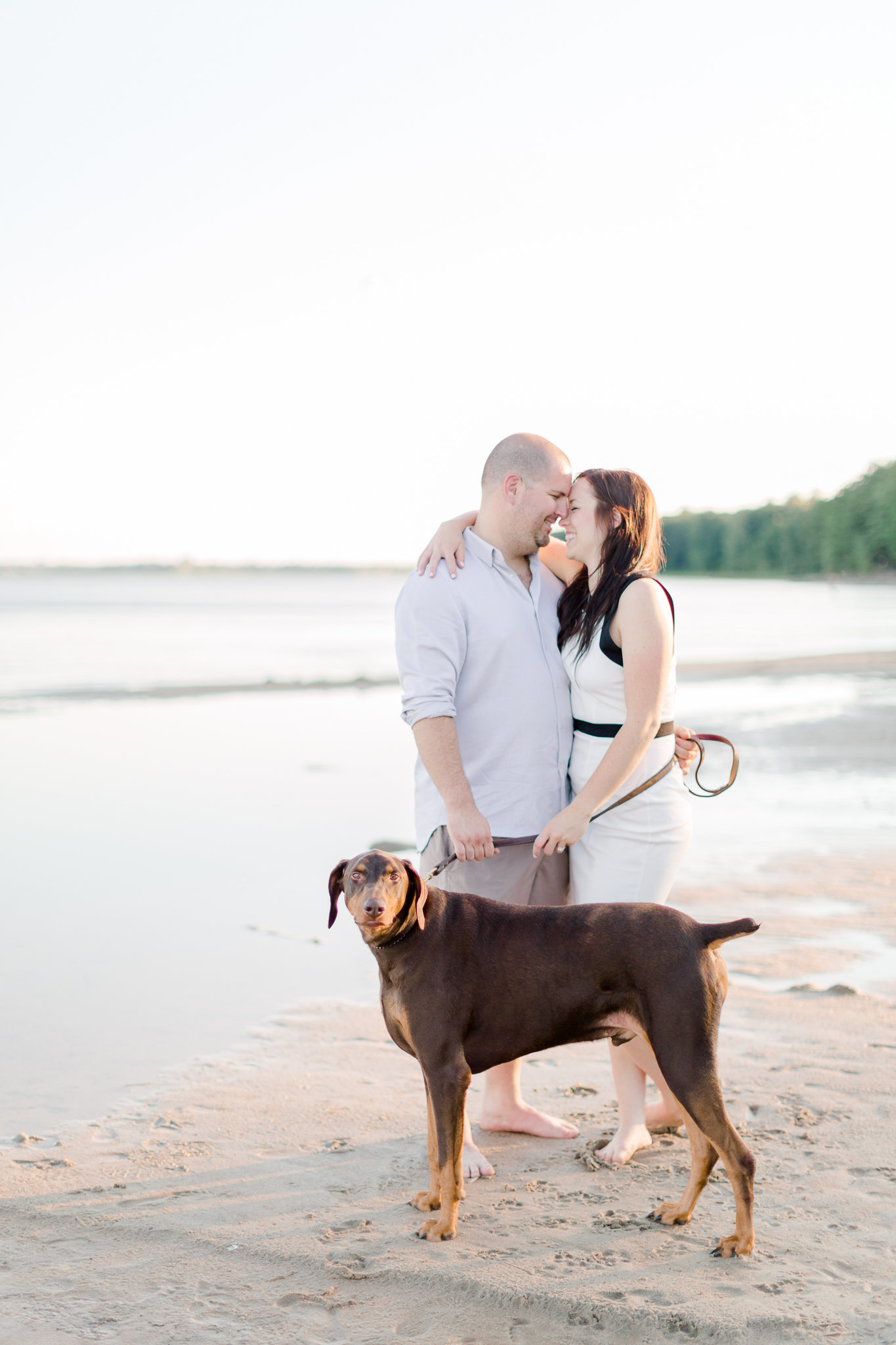 photographe-fiancailles-montreal-parc-national-oka-lisa-renault-photographie-beach-engagement-session-27