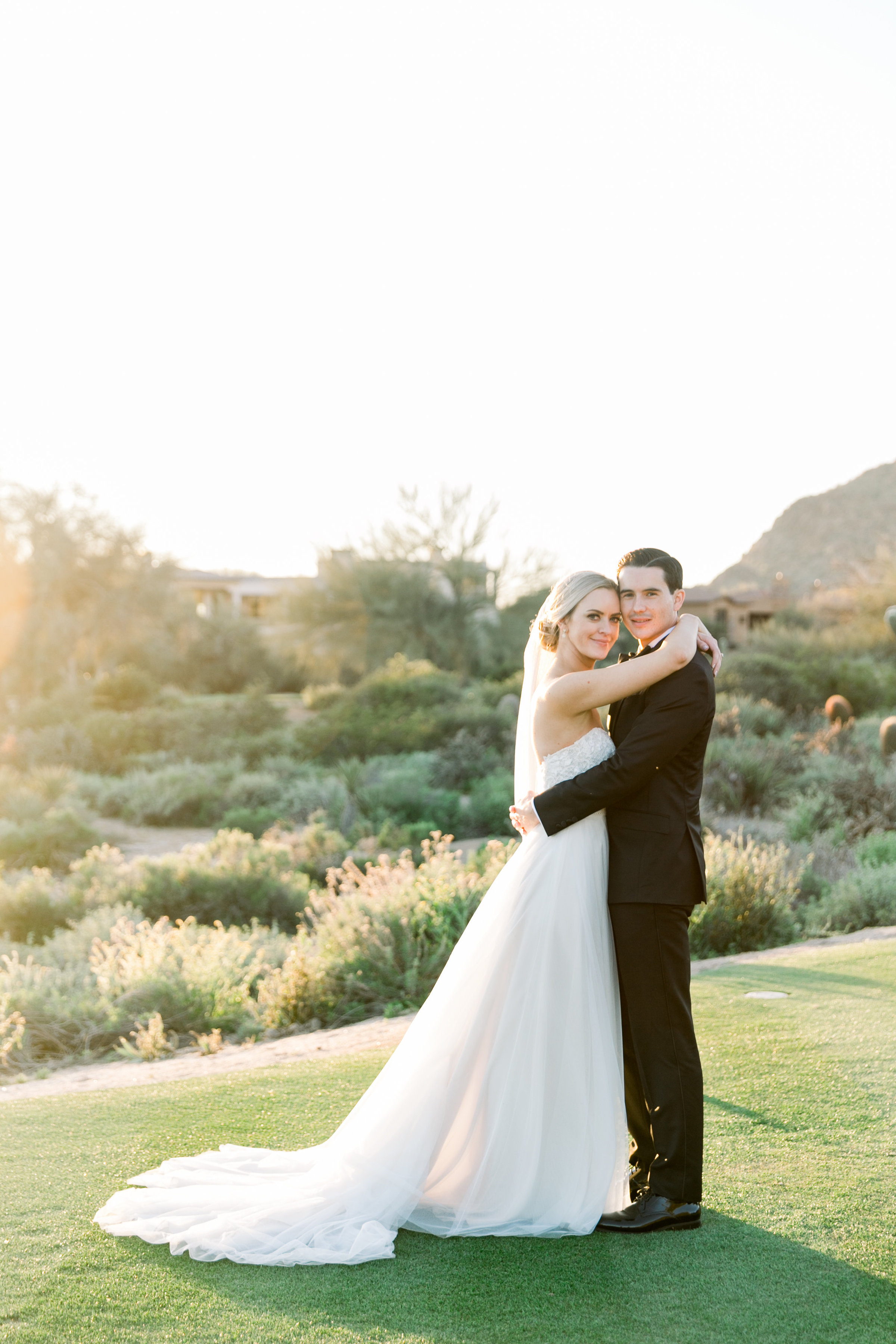 Karlie Colleen Photography - Arizona Wedding at The Troon Scottsdale Country Club - Paige & Shane -655