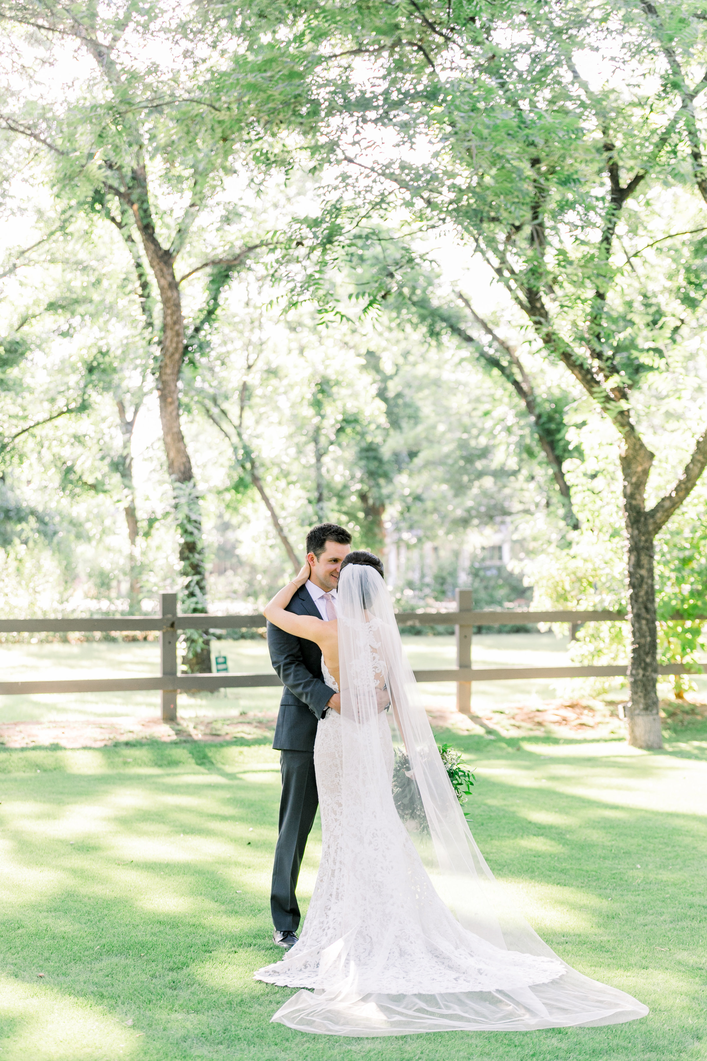 Karlie Colleen Photography - Venue At The Grove - Arizona Wedding - Maggie & Grant -66