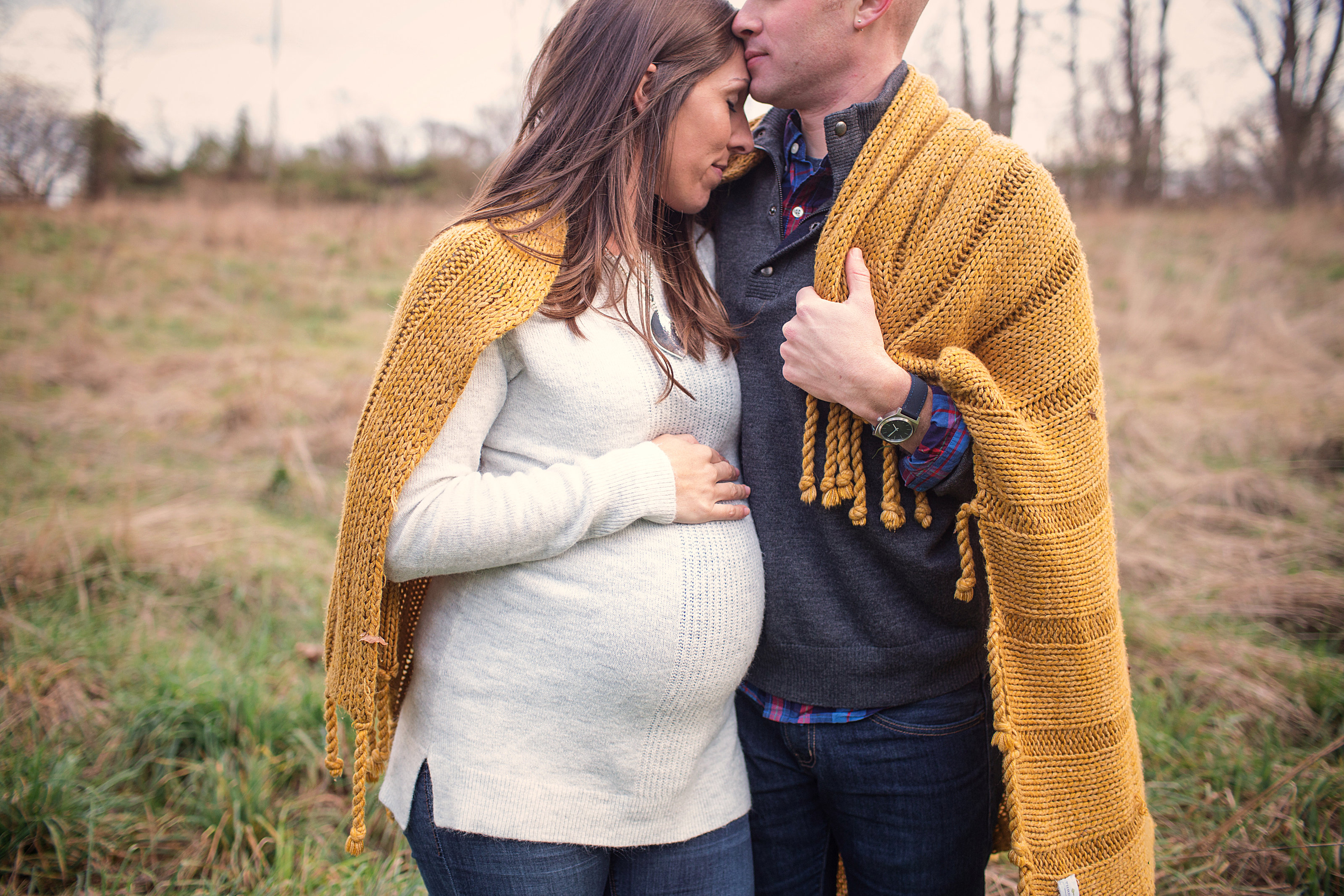 PA maternity couple wrapped in blanket photo at Lititz homestead