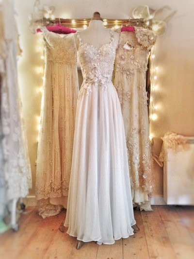 ivory_silk_chiffon_flower_embellished_wedding_dress_JoanneFlemingDesign (3)