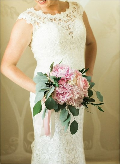 CB Photography package 2 | white wedding dress and pink flowers