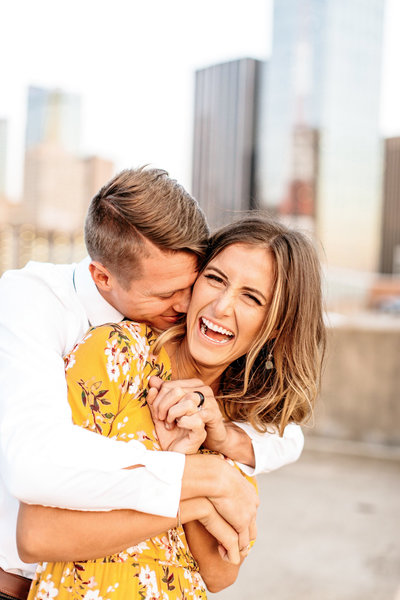 Alexa-Vossler-Photo_Dallas-Anniversary-Photographer_Kristen-Ethan-Anniversary-Session_Downtown-Dallas-2