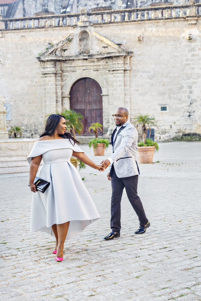 AmyAnaiz_Makini_Regal_Destination_Engagement_Havana_Cuba_032