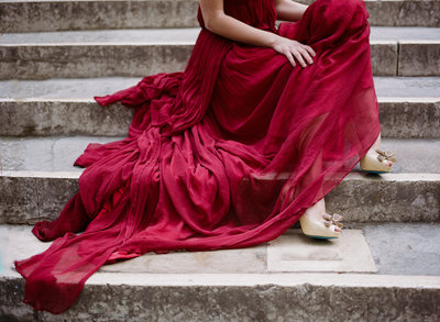 Venice_romantic_elopement_red_dress_JoanneFlemingDesign_Archetype (2)