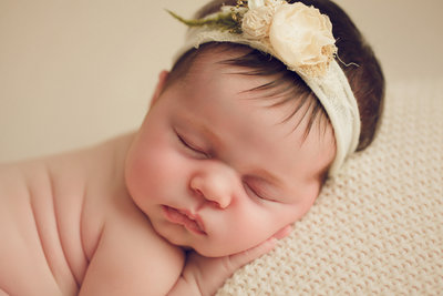 03_02_Lillian_newborn_9032