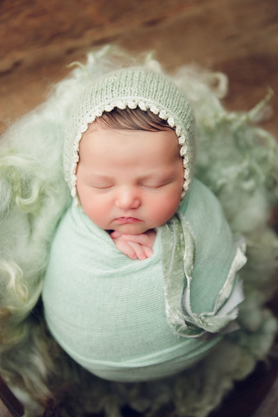 Keeton-Fox-Newborn-53