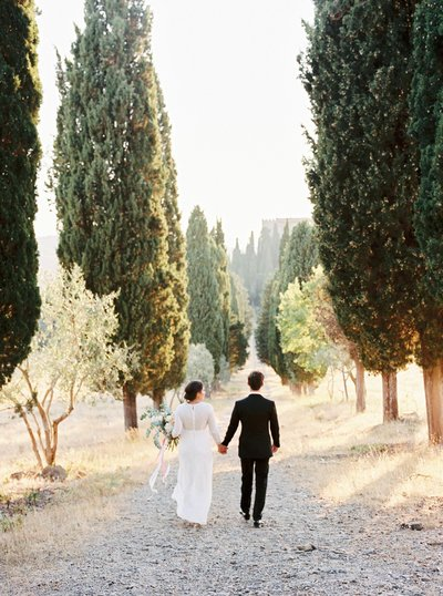 Romantic bright wedding photography italy and the rest of Europe