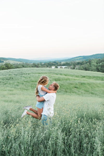 Brookeside Gardens engagement | spring engagement photo | chelsea schaefer photography