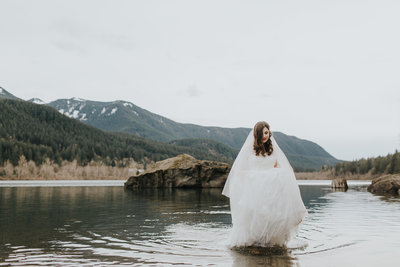 Rattlesnake Lake PNW Seattle Elopement Adventure Wedding Planner