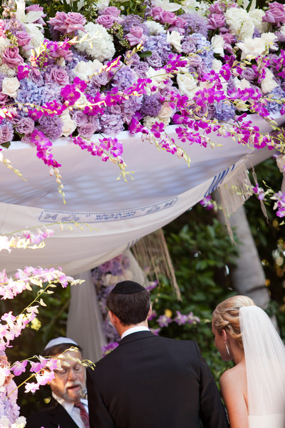 Jewish wedding ceremony location at the Four Seasons hotel Beverly Hills photo by Gilmore Studios