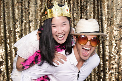 white-party-photo-booth-rental-16