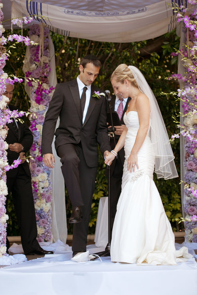 Jewish wedding photographer in Los Angeles, CA at the Four Seasons Hotel in Beverly Hills