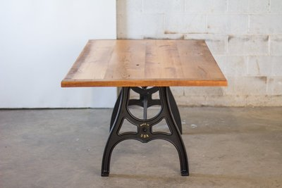 sons-of-sawdust-reclaimed-wood-farm-table-cast-iron-maschine-base-1
