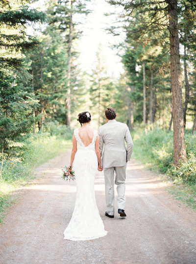 Luxury Montana Wedding photographed by Montana photographers Orange Photographie