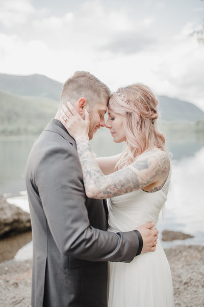 Natural light wedding and elopement photo in Seattle Washington