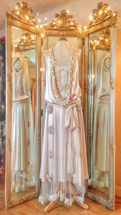 Marthe_1920s_flapper_silk_wedding_dress_JoanneFlemingDesign