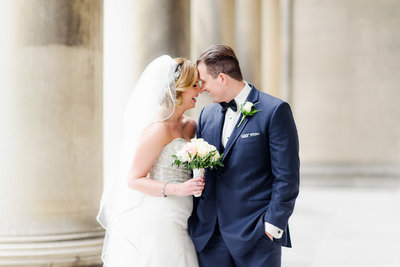 St. Paul's Cathedral Pittsburgh Wedding Photos Alison Mish Photography