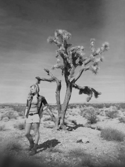 me_profile_joshua_tree_Pic_film_scan_christianne_taylor_BW