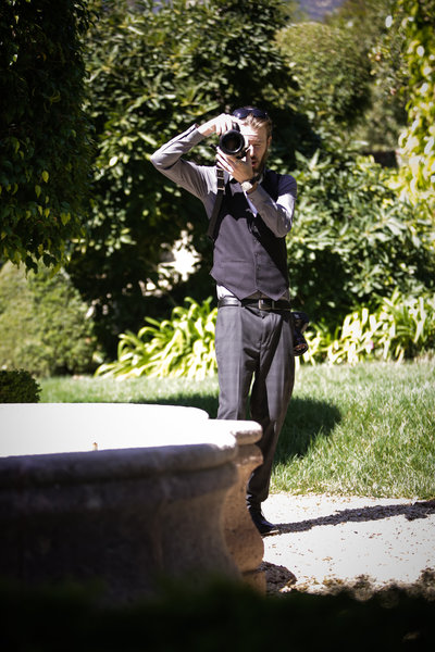 cassia_tommy_Ferrara_wedding_photographers_southern_california_working-146