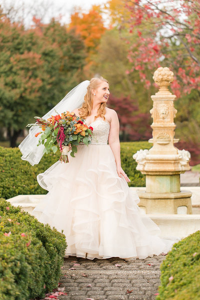Wedding-Fall-Bride-Portraits-Olmsted-Photo-By-Uniquely-His-Photography015