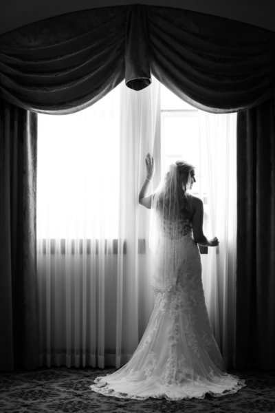 Investments_Wedding_Photo_Studio_1401_Midland_Texas_Big_Spring_Hotel_Settles