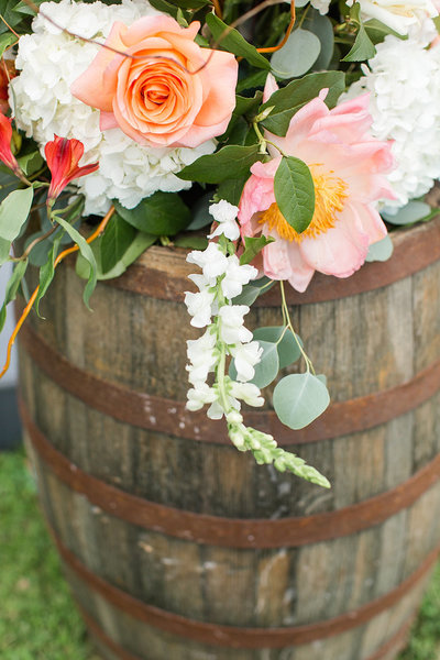 Wedding-Inspiration-Burbon-Barrell-Flowers-White-Pink-Greenery-Photo-by-Uniquely-His-Photography02