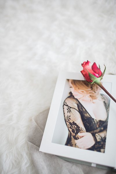 inside a boudoir photo album from priscilla foster design matte prints