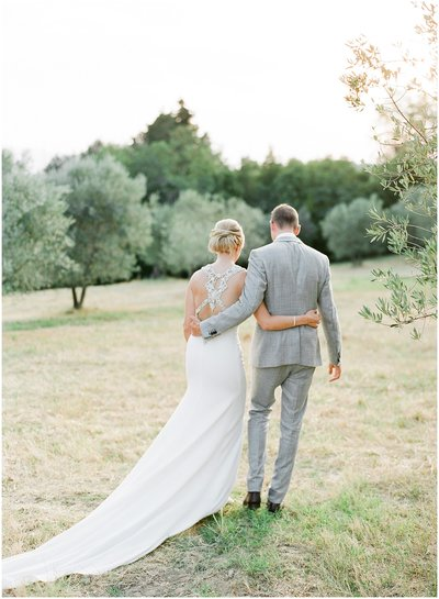 Alexandra Vonk Fine Art Wedding Photography - This gallery contains wedding photo's of the intimate and romantic elopement of Tammy and Luc in Tuscany, Italy.