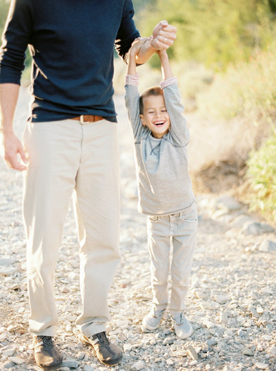 desert family photos in Utah by Brushfire Photography
