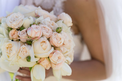 Beautiful bridal bouquet for beach wedding in delaware