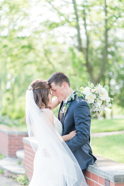 RachelandTyler_Bride&Groom-225