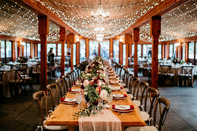 Moody Fall Winter Wedding Table PNW Seattle Wedding Planner