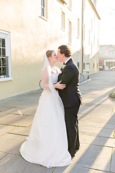 B+K-william-aiken-house-spring-wedding-by-charleston-wedding-photographer-22