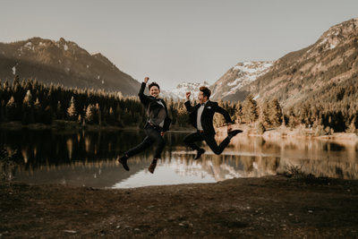 Gold Creek Pond PNW Adventure Wedding Planner Elopement
