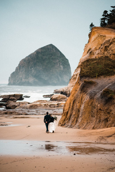 Cape Kiwanda Elopement Adventure Wedding Planner