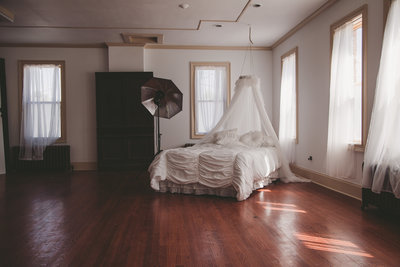 Boudoir and wedding photographer