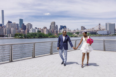 Gantry_Park_New_York_Elopement_Amy_Anaiz_003