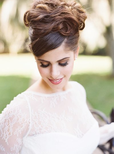 bridal hairstyle detail photo