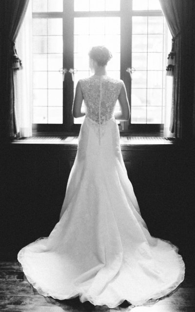 b&w retro bride minneapolis club