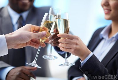 co-workers-make-a-toast