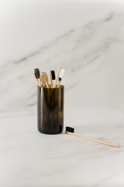 wooden-toothbrush-in-a-cup-3737585