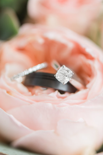 solitaire-engagement-ring-virginia-wedding-photographer-photo89