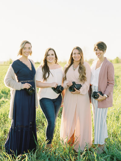 Fine Art Wedding Photographers Traveling throughout Midwest and Beyond
