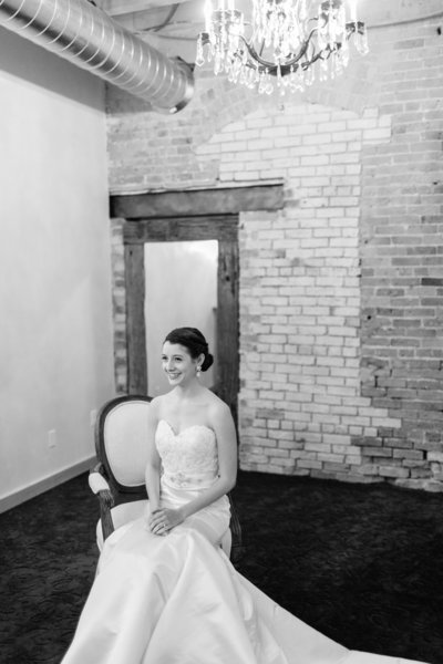 minneapolis-event-center-wedding-minneapolis-wedding-photographer-mackenzie-orth-photography-18